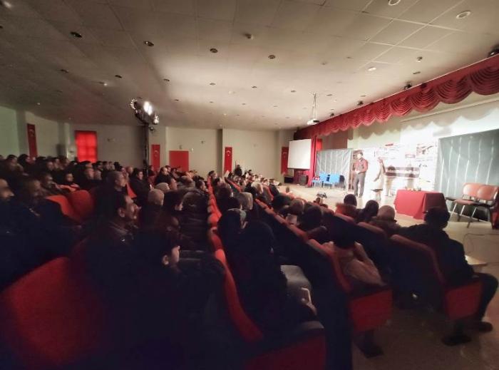 Kadına Şiddeti anlatan Hepgül adlı tiyatro gösterisi düzenlendi