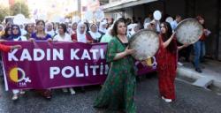 HDP Nusaybin'de kadın yürüyüşü düzenledi