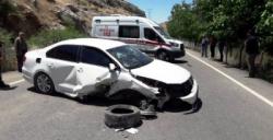 Nusaybin - Midyat kara yolunda kaza, 3 yaralı