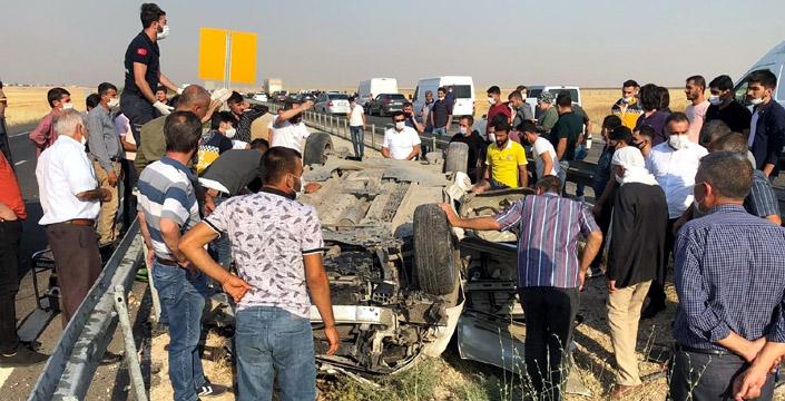 Nusaybin'de trafik kazası, 1 kişi hayatını kaybetti, 2 yaralı