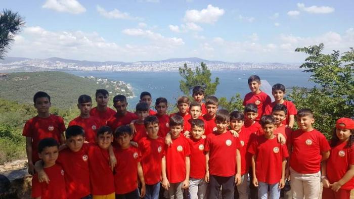 Galatasaray Nusaybin okulunun İstanbul kampı sona erdi