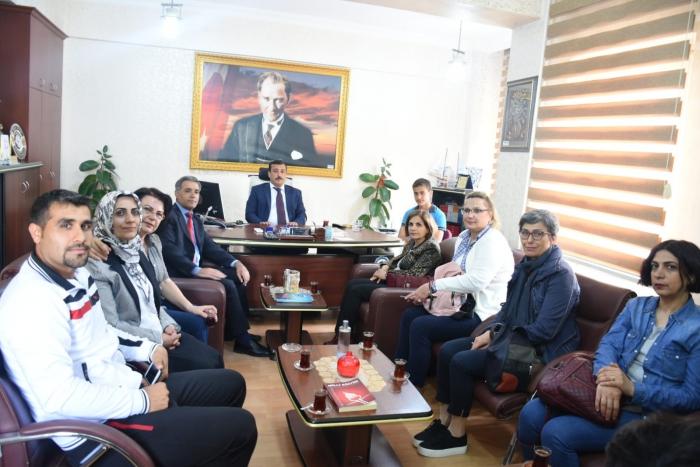 Nusaybin'e 'Kardeş Okul' ziyareti