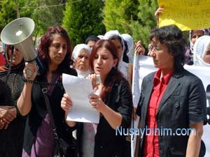 Nusaybin'de Kadın Tacizlerine Tepki