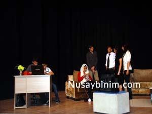 Nusaybin Atatürk Lisesinden Tiyatro gösterimi