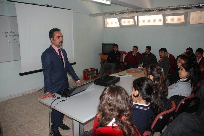 Nusaybin'de Öğrencilere yönelik Meslek Tanıtım günleri başladı