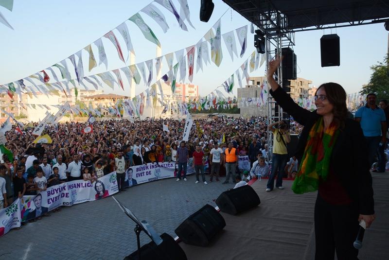 Nusaybin'de HDP'nin 'Büyük insanlık' mitingi