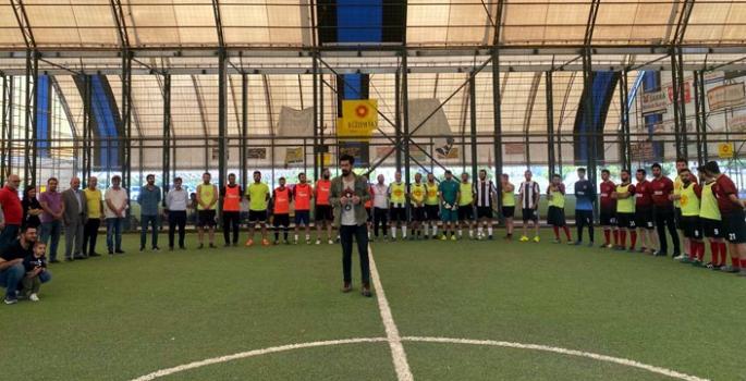 Eğitim Sen'in üç öğretmene adadığı futbol turnuvası başladı