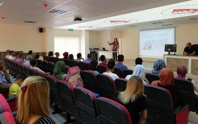 Nusaybin'de engelli hakları paneli düzenlendi