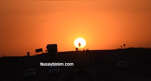 Nusaybin'de tarihi İpek yolunda gün batım