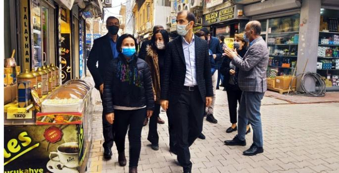 HDP Milletvekilleri Nusaybin'de esnaf ziyareti yaptı