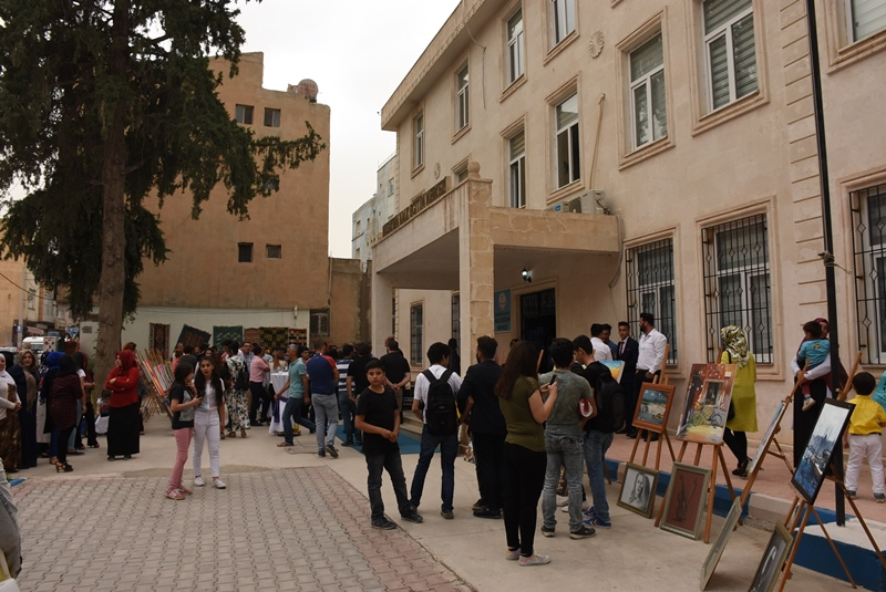 Halk Eğitim Merkezinde yıl sonu sergisi