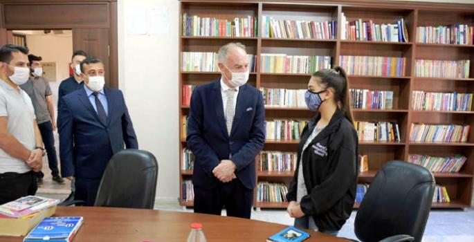 İl Milli Eğitim Müdürü Sümer, Nusaybin okullarını ziyaret etti
