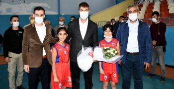 AK Parti Milletvekili Demirkaya Nusaybin'i ziyaret etti