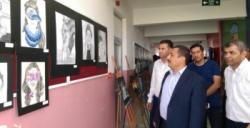 Anadolu Lisesinin Görsel Sanatlar sergisi büyük ilgi gördü
