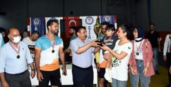 Eğitim Bir Sen Voleybol Turnuvasında final heyecanı