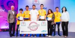 Mardinli liseliler trafikten elektrik üreten proje ile ödül aldı