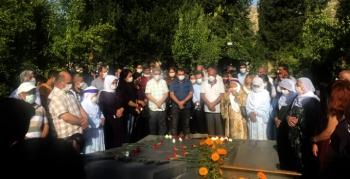 Musa Anter Nusaybin'de mezarı başında anıldı