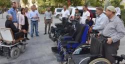 Nusaybin Belediyesinden 25 engelliye tekerlekli sandalye