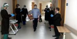 Nusaybin'de iyileşen iki hasta alkışlarla taburcu edildi
