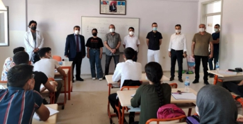 Nusaybin'de öğrencilere aşının önemi anlatıldı