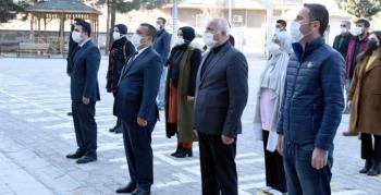 Nusaybin'de tüm okullarda bayrak töreni yapıldı ve İstiklal Marşı okundu