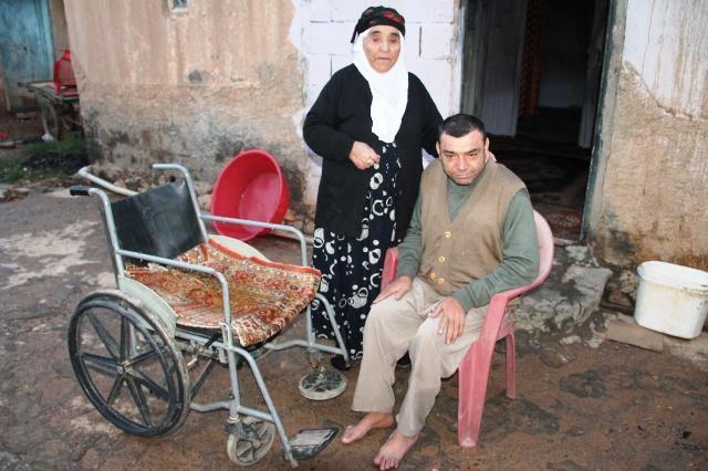 Kızıltepe'de evi yanan Leyla nineden yardım talebi