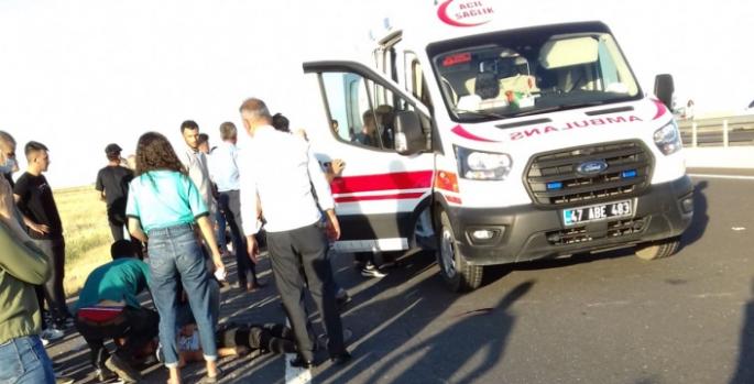 Motosiklet ile otomobillerin karıştığı kazalarda 3 kişi yaralandı
