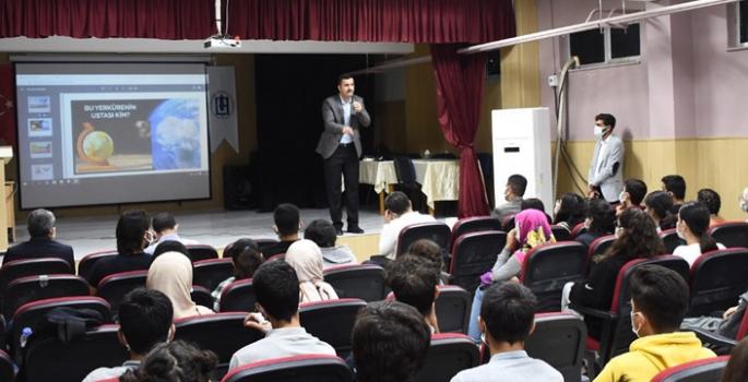 Nusaybin Anadolu Lisesinde Değerler Eğitimi semineri