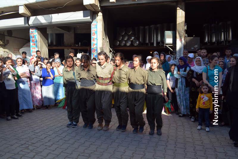 Nusaybin'de HDP'li Kadınlar Seçim Bürosu Açtı