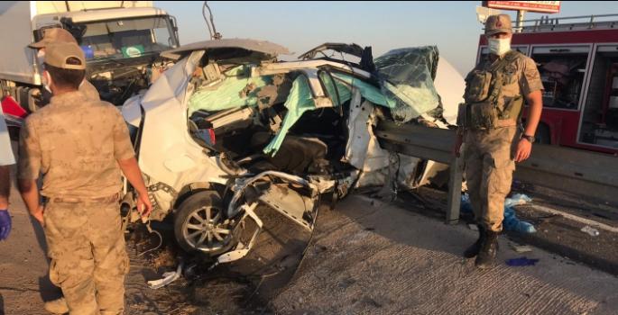 Nusaybin'deki kazada anne hayatını kaybetti oğlu yaralandı