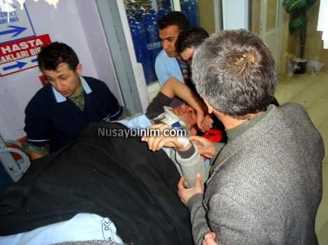 Nusaybin'de aşıya giden sağlık personeli kaza yaptı