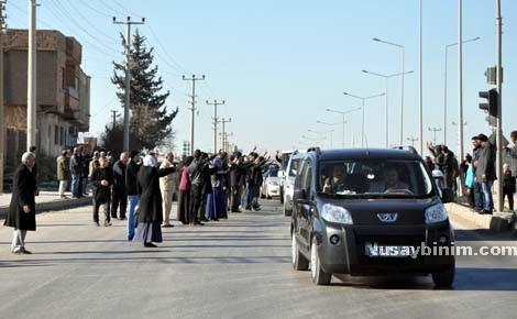 Elçi'nin cenaze konvoyu Nusaybin'den geçti