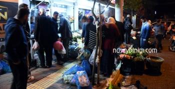 Sokağa çıkma yasağı ilan edildi, vatandaşlar alış verişe koştu