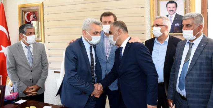 TOBB Başkanı Hisarcıklıoğlu Nusaybin'i ziyaret etti