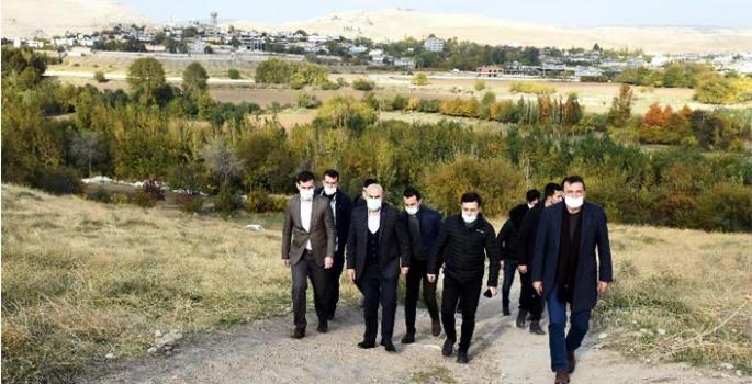 Vali Demirtaş, Nusaybin Baraj Yolunun asfaltlanacağı müjdesini verdi