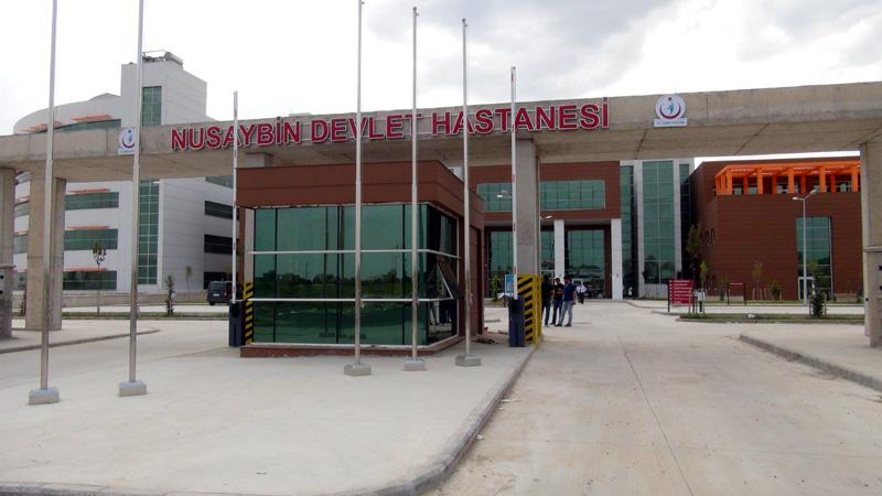 Yeni Hastane binasına taşınma sürüyor