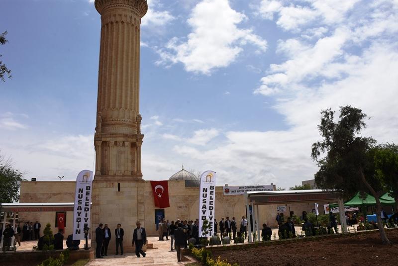 Erdoğan, Zeynel Abidin Camisi açılışına bağlandı