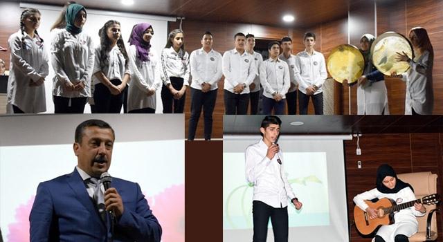 Çetin: Bir milletin yüz yıllık projesi gençlerdir