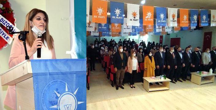 AK Parti Nusaybin'de Kadın Kolları Başkanını seçti