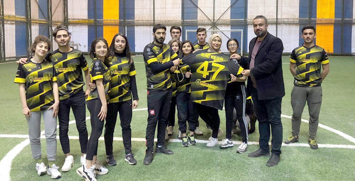 Elma Telekom'dan Spor Akademisine forma desteği