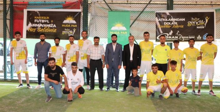 Hüda-Par turnuvasını Nusaybin takımı kazandı