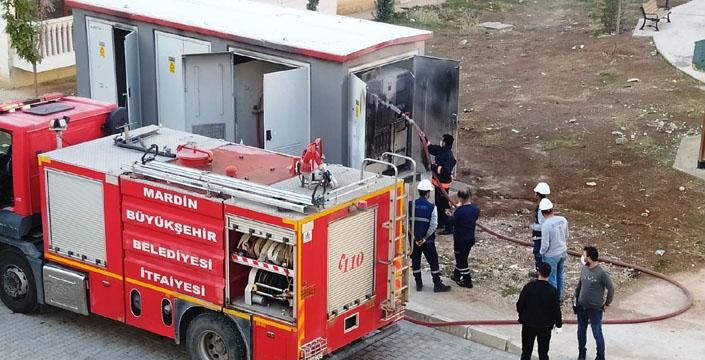Kablo hırsızlık yapılan elektrik panosunda yangın