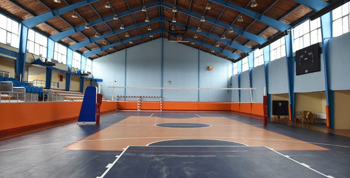 Atatürk Spor Salonu modern bir görünüme kavuştu