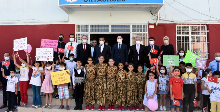 Nusaybin'de İlköğretim haftası kutlandı