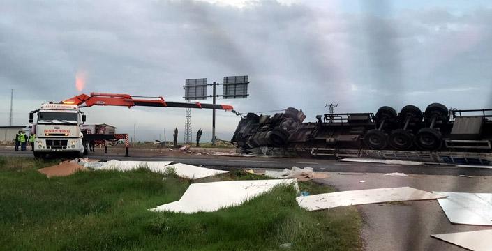 Nusaybin'de trafik kazası, 2 yaralı