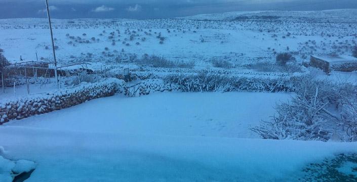 Nusaybin'deki Bagok Dağı beyaza büründü