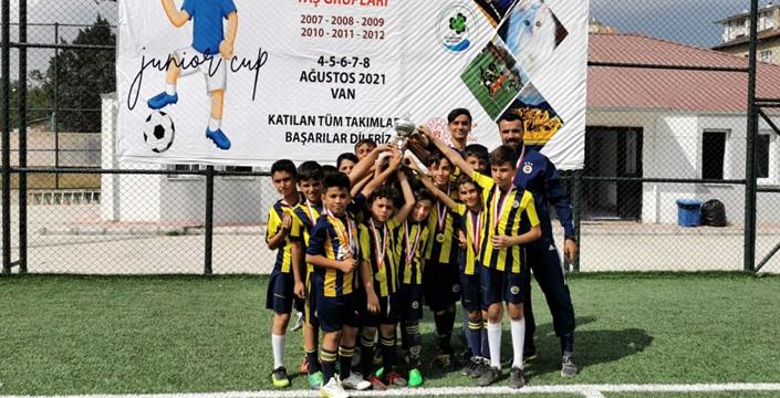 Nusaybin FB Van'da Bahar Turnuvasına katıldı